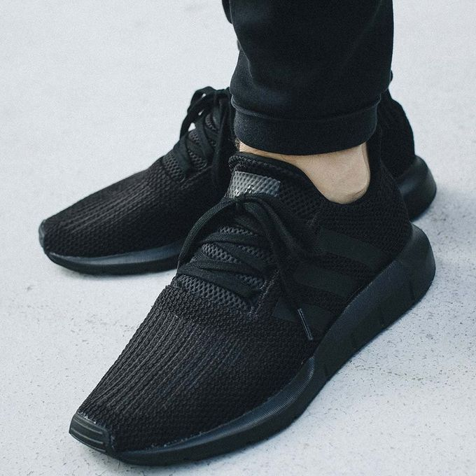 nouvelle chaussure adidas homme